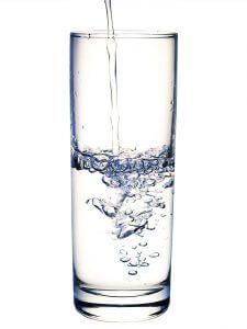 Un pahar de apa